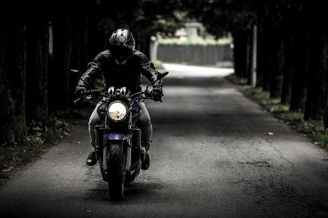mascara para motociclieta