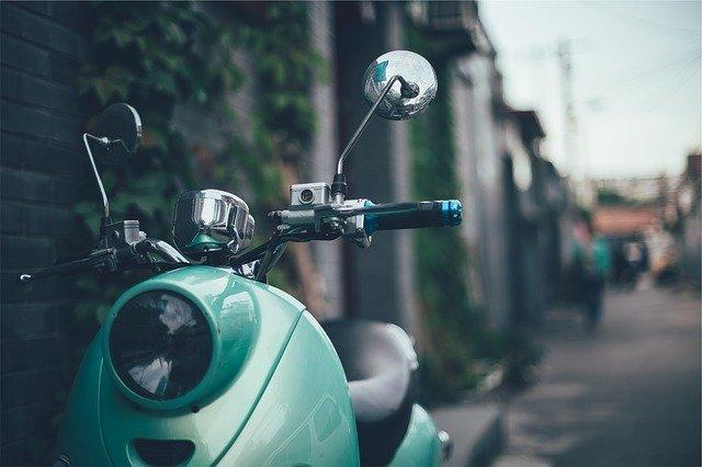 mascarilla moto